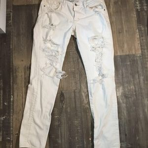 Abercrombie & Fitch Jeans - Ambercrombie destroyed skinny sz 6